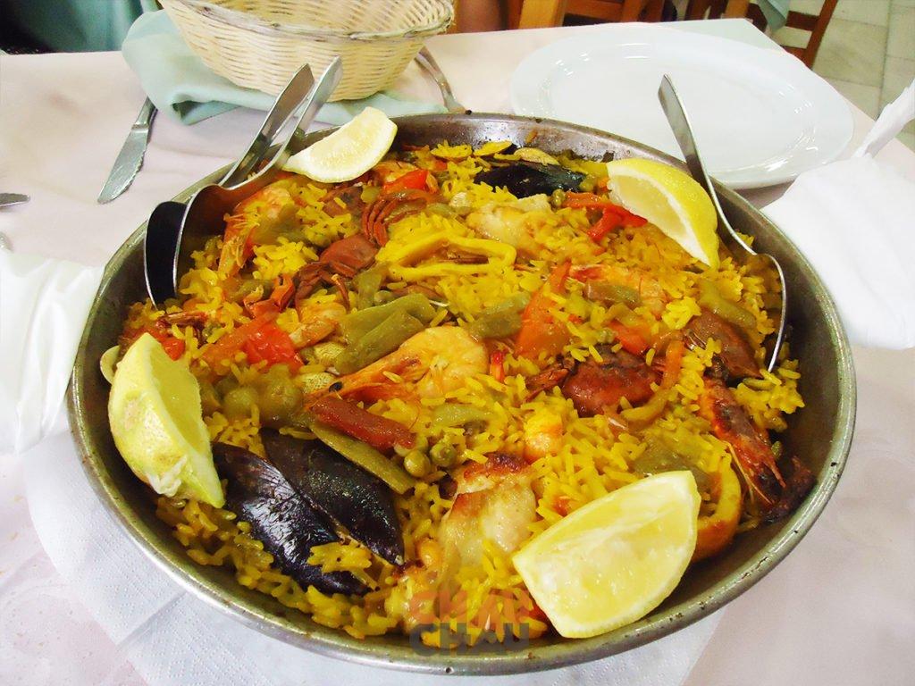 Paella en España
