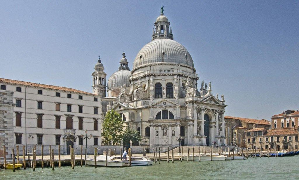 Santa Maria della Salute con entrada gratis