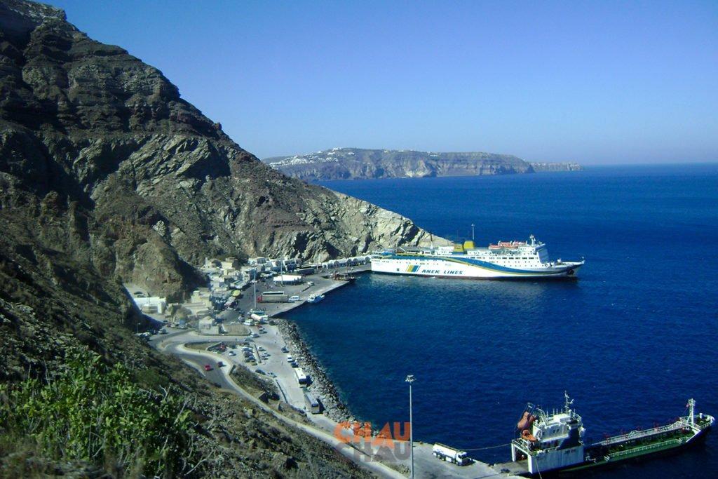 Ferry Anek Lines en Santorini